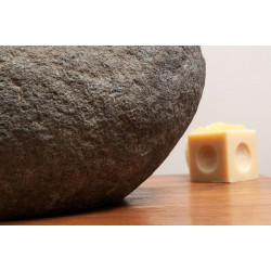 Vasque rocher pierre de rivière ronde