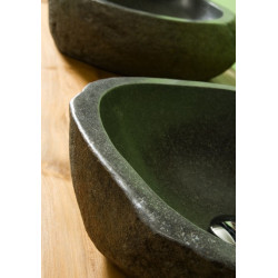 Vasque en roche ronde (pierre de rivière)