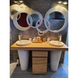 Meuble salle de bain teck Timare, ses 2 vasques marbre, associé 1 miroir et 1 bandeau hallogène teck - Mobilier Kayumanis